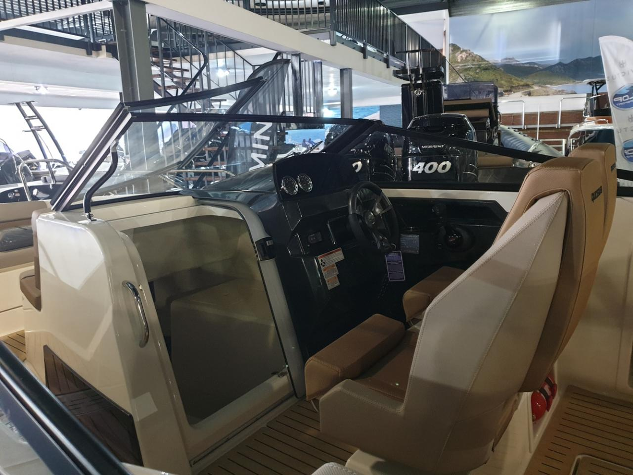 Quicksilver 675 Bowrider met Mercury Verado 225 pk 9