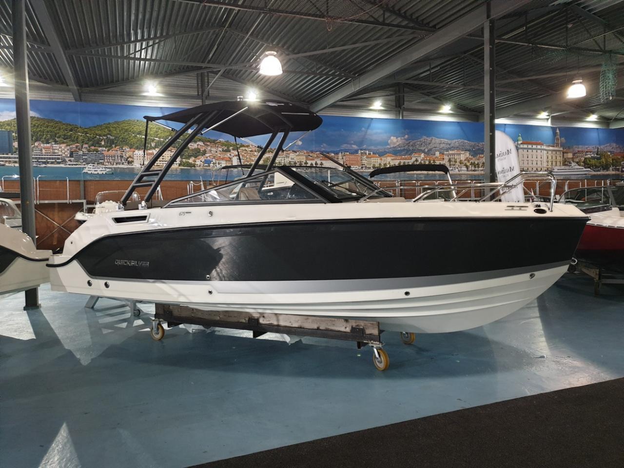 Quicksilver 675 Bowrider met Mercury Verado 225 pk 2