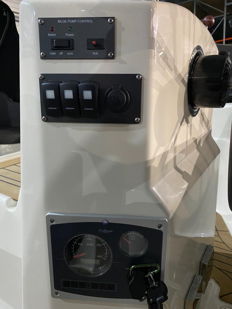 Asloep 650 met Craftsman 27 pk diesel 9