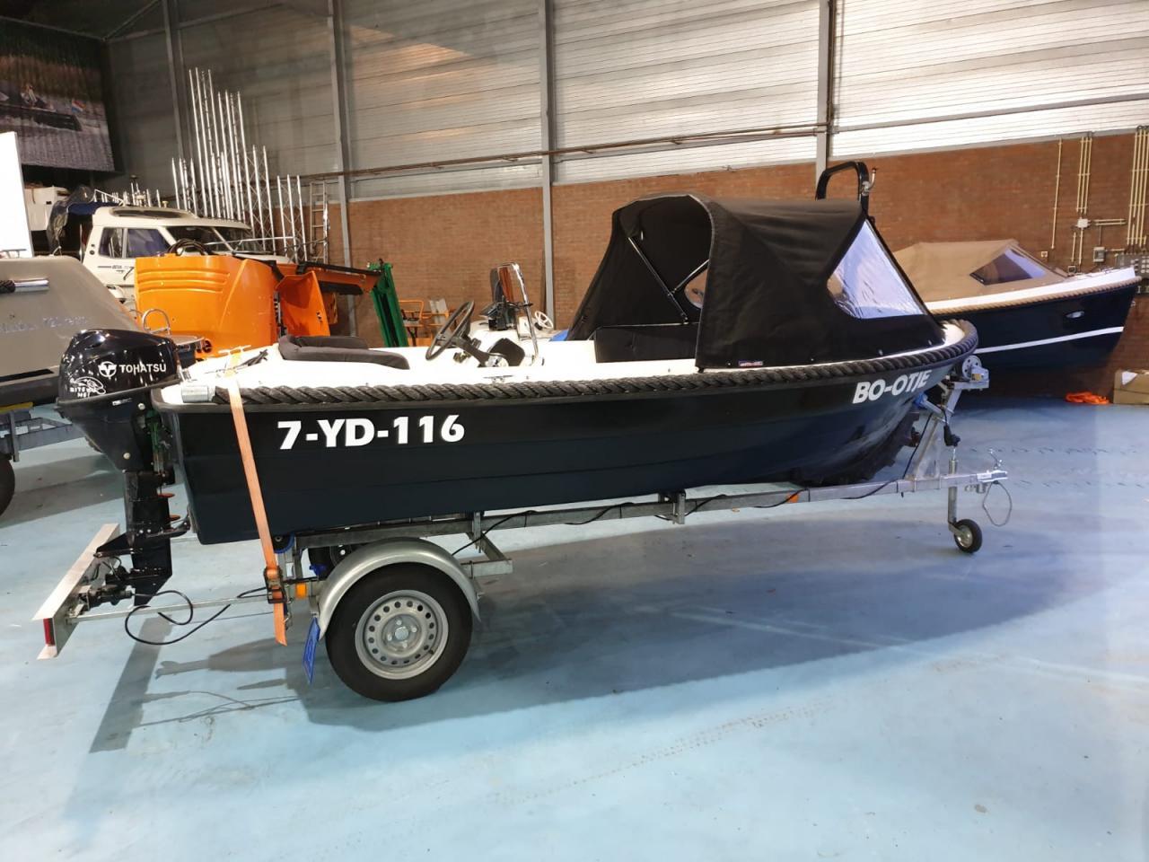 Seafinder 435 met Tohatsu 9.8 pk motor 7