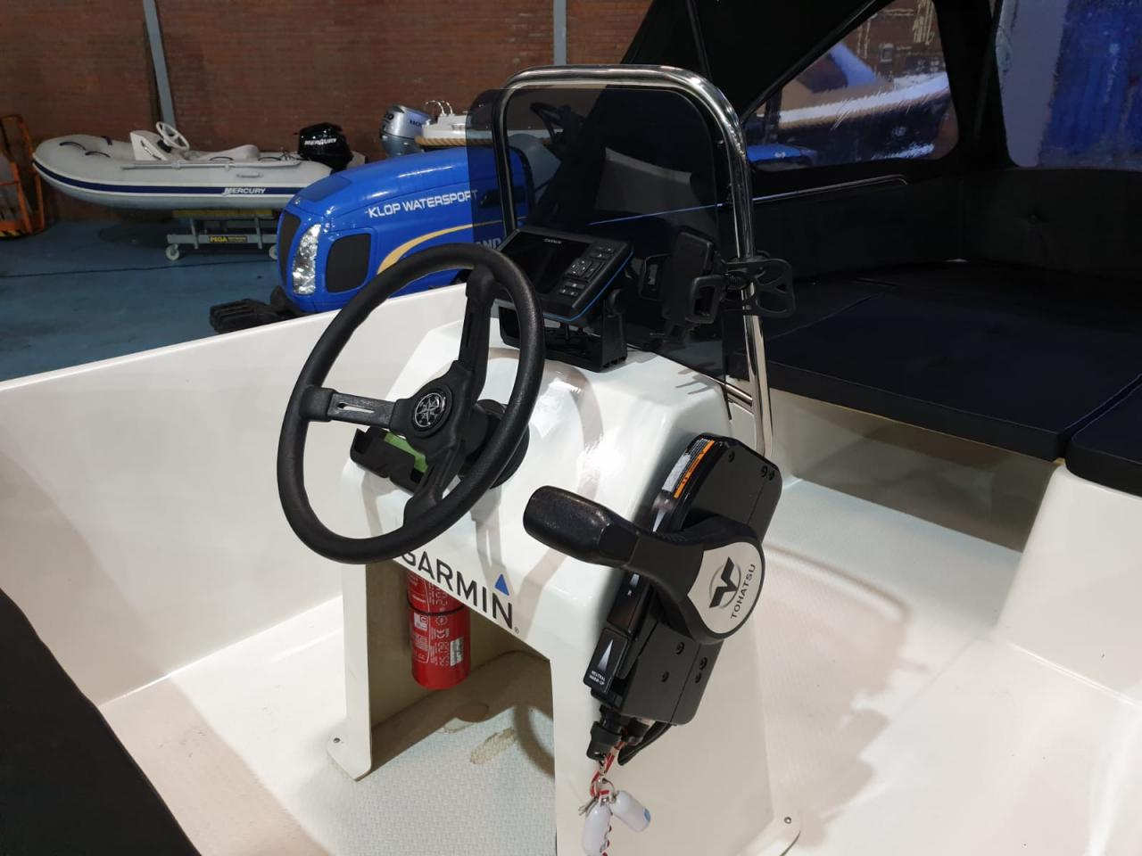 Seafinder 435 met Tohatsu 9.8 pk motor 8