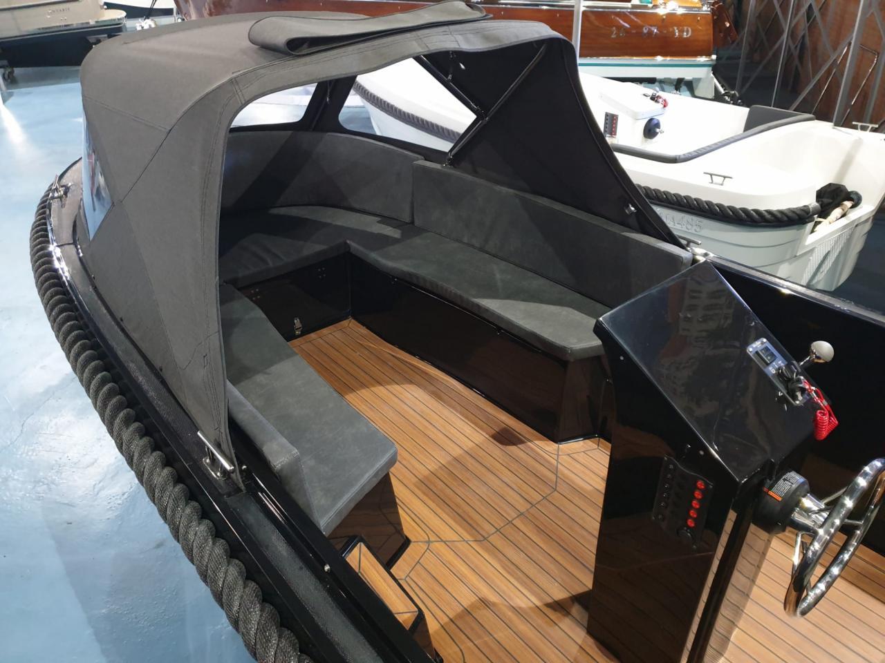 Maxima 490 zwart met Honda 20 pk DIRECT VAARKLAAR! 2