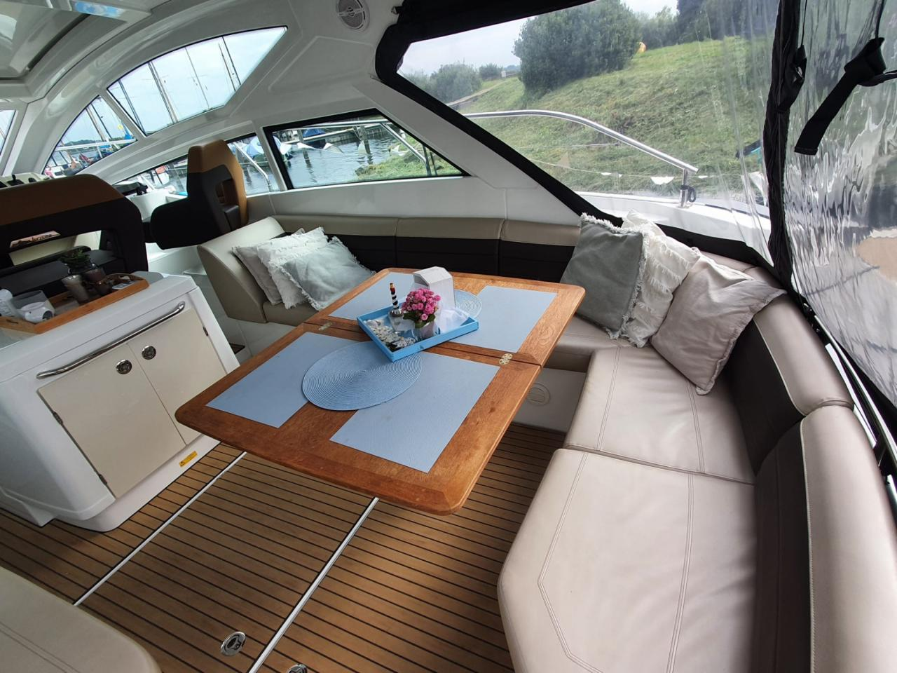 Beneteau 40 GT met 2 x Volvo Penta D4 300 pk! 29