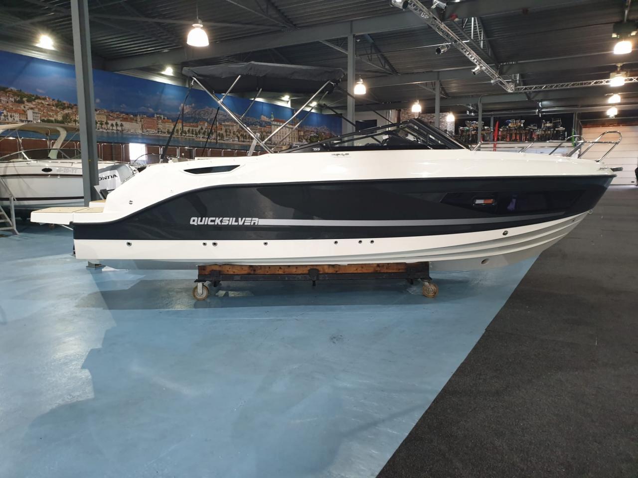 Quicksilver 755 Cruiser met Mercury Verado 300 pk OP VOORRAAD! 1