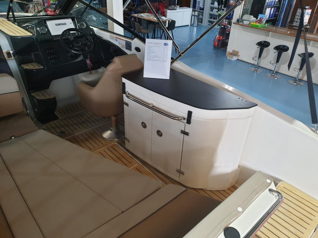 Quicksilver 755 Cruiser met Mercury Verado 300 pk OP VOORRAAD! 9
