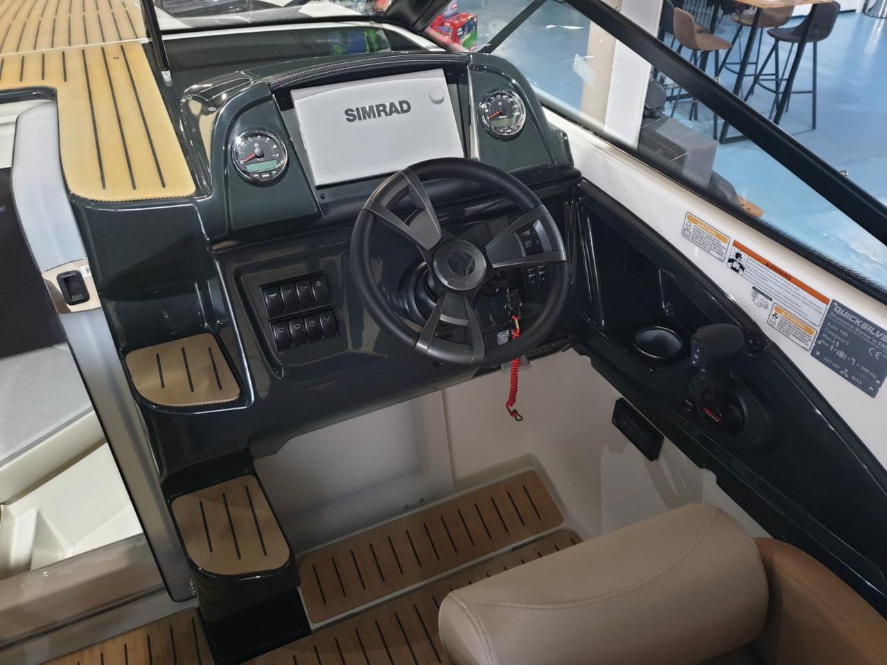 Quicksilver 755 Cruiser met Mercury Verado 300 pk OP VOORRAAD! 6