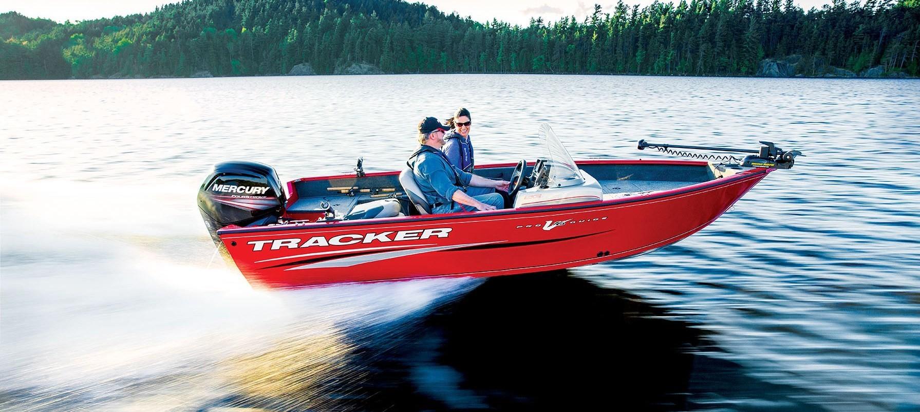 Tracker boats fishing wallskid for Tracker fishing boats